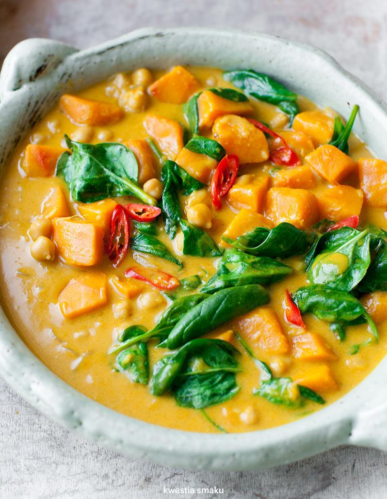 Tajskie Curry Z Ciecierzyca Dynia I Szpinakiem