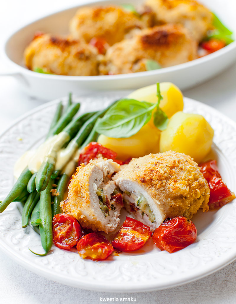 Pieczone Roladki Z Kurczaka Z Cukinia I Suszonymi Pomidorami