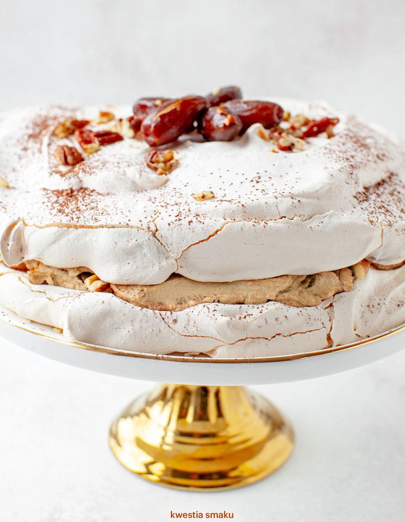Tort Bezowy Dacquoise Dakłas