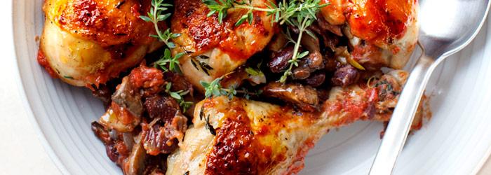 Podudzia Kurczaka Pieczone Z Pieczarkami Fasolka I Pomidorami